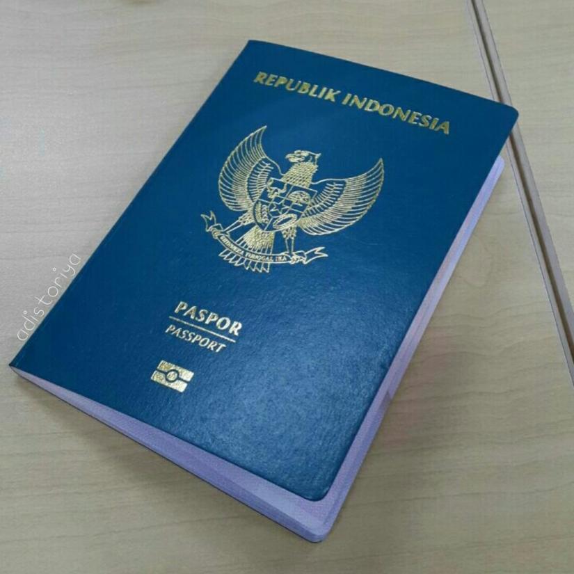 Nyubuh Demi E-Paspor
