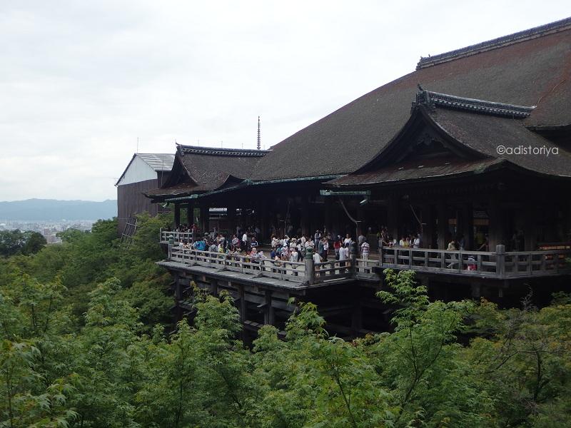 Kiyomizu-dera ; Ratusan Tahun MengawasiKyoto