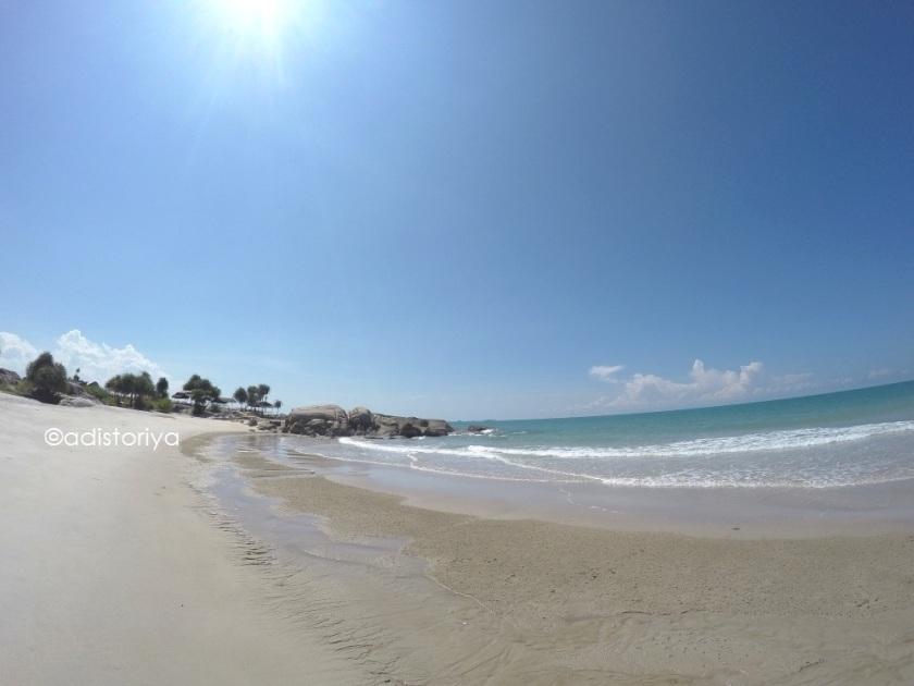 pantai rambak pulau bangka